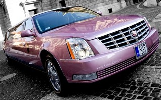 Pink Cadillac DTS Limousine, Budapest